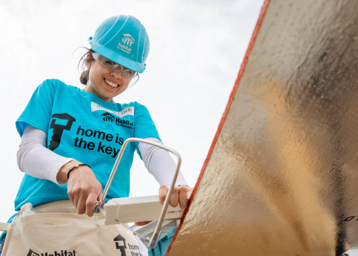 NASHVILLE, TENNESSEE (04/25/18)- Jacqueline Lopez volunteers during the Chico's Spring 2018 Home is the Key Build. © Habitat for Humanity International/Jason Asteros